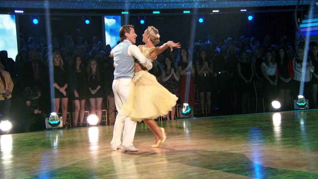 Robert & Kym's Foxtrot - Dancing with the Stars